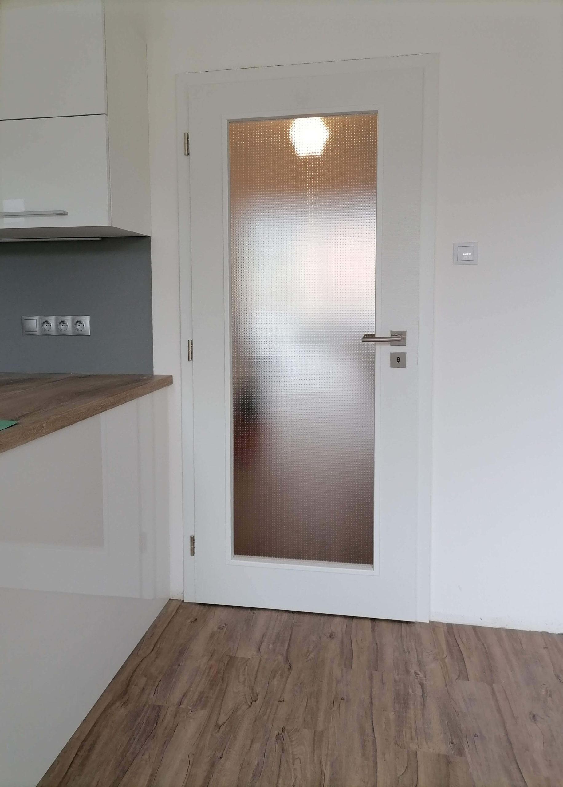 dveře kepák - reference  -bílé dveře 2