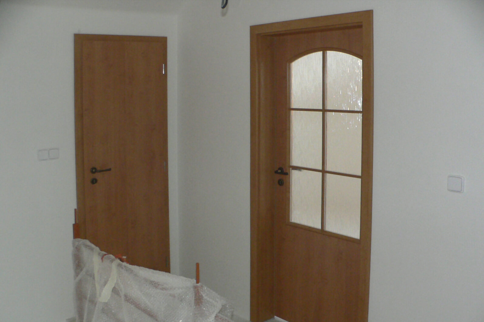 dveře kepák - reference  - hnědé dveře 4